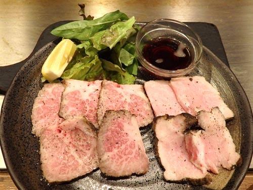 04黒毛和牛とおいしい豚のローストビーフ&ポーク盛り合わせ