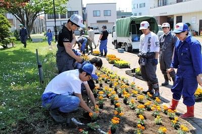 2017-06-06 紅志高校 駅前公園植栽 (16)