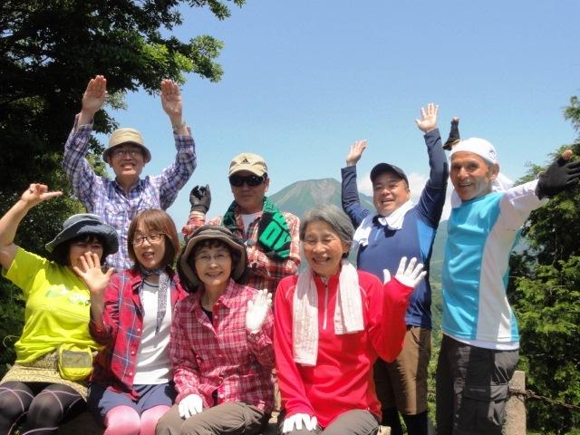 13-06山頂記念バンザ~イ!