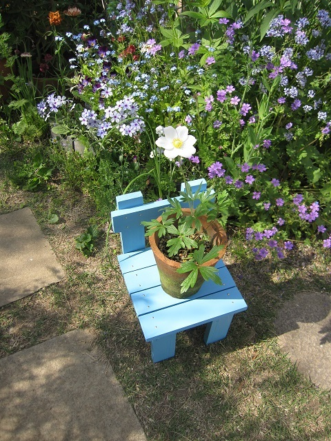 WEB_花台用椅子4