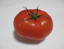トマトと小カブのサラダ 材料①