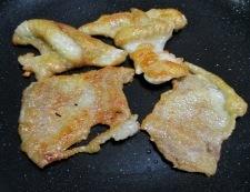 鶏皮キャベツ 調理②