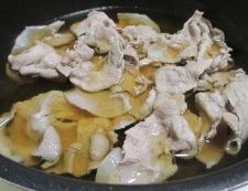 揚げナスと豚こまの煮物 調理⑤