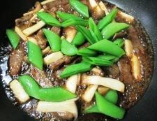 牛肉とスナップエンドウの七味照り焼き 調理⑥