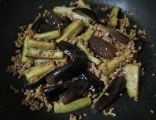 ナスとひき肉のピリ辛炒め 調理④