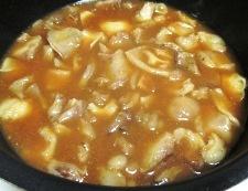 牛すじと豆腐の味噌煮 調理④