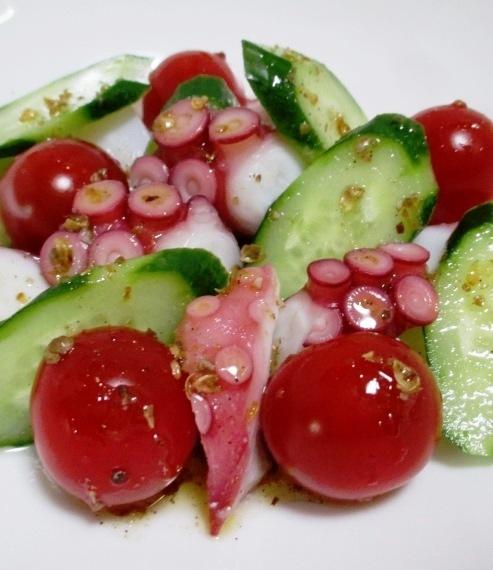タコとトマトのパクチーサラダ B