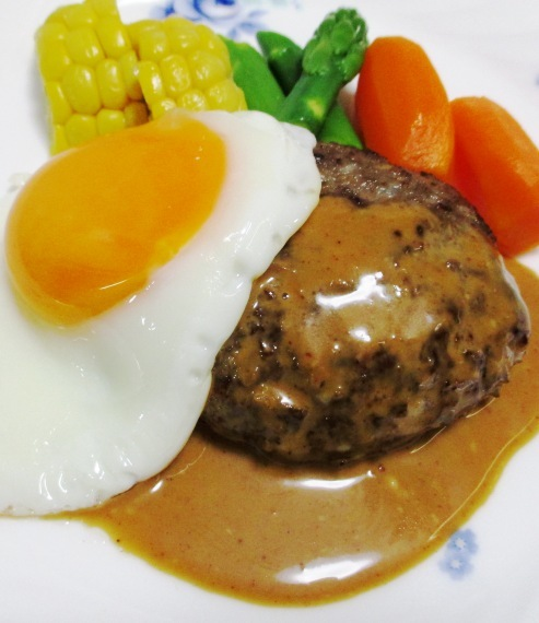 ハンバーグステーキ B