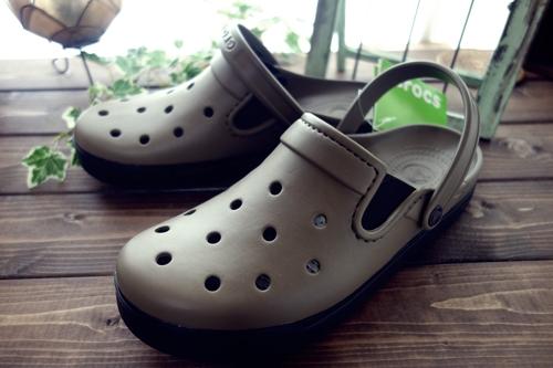 crocs01
