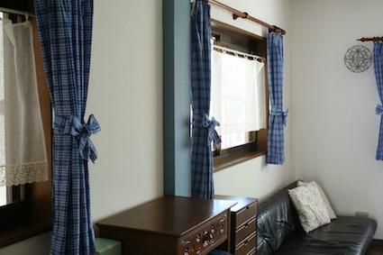 170510カーテンと壁