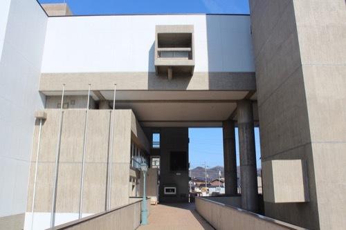 0246:豊岡市民会館 ブリッジから①