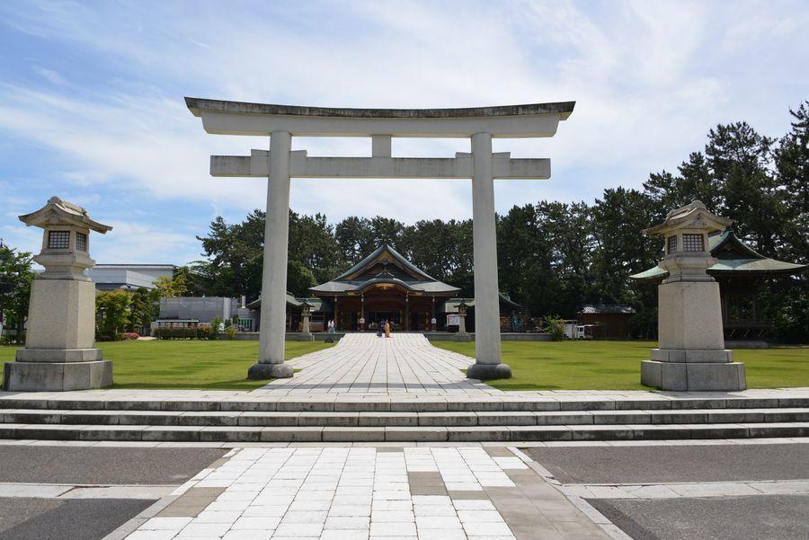 護国神社-1