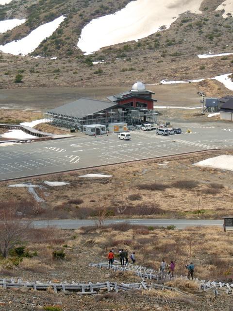 休館中の浄土平ビジターセンター
