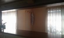 キッチンカウンター側からカーテン