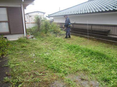 s-草刈り中
