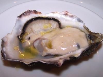 岩牡蠣のオイル和え
