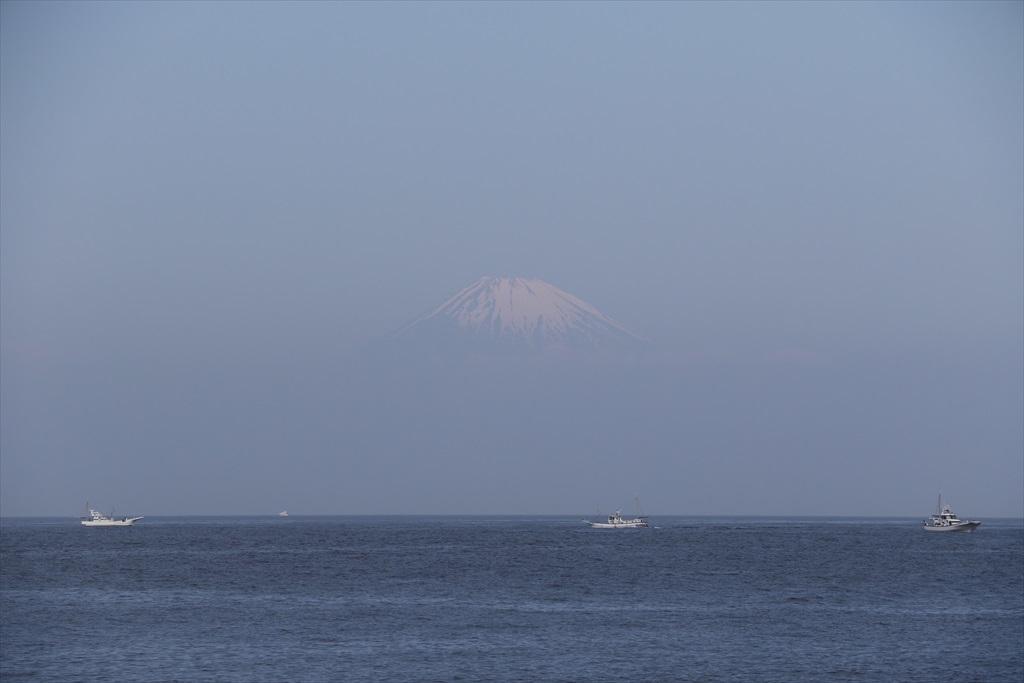 そしてその先には富士山が_1