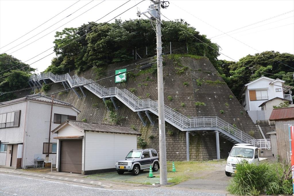 津波の避難階段