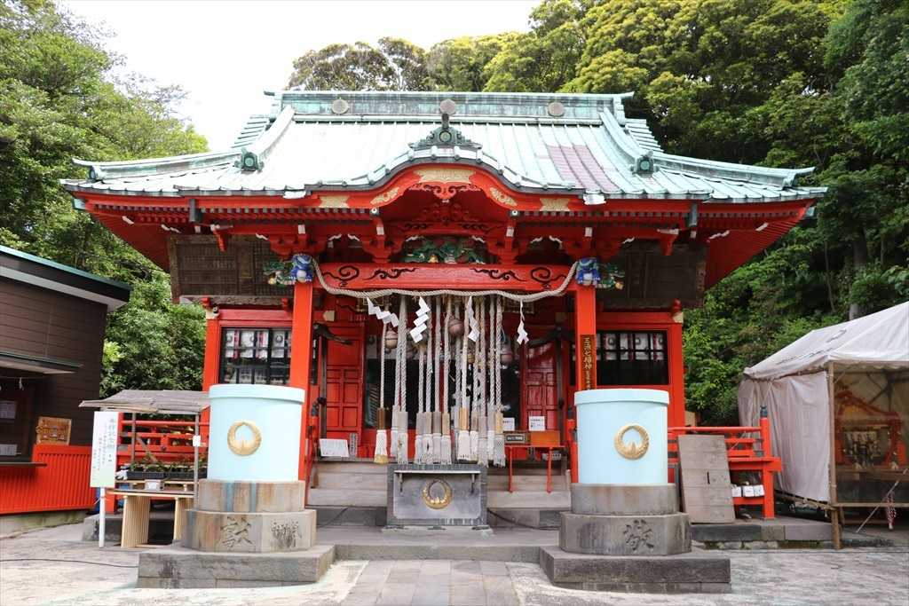 海南神社拝殿