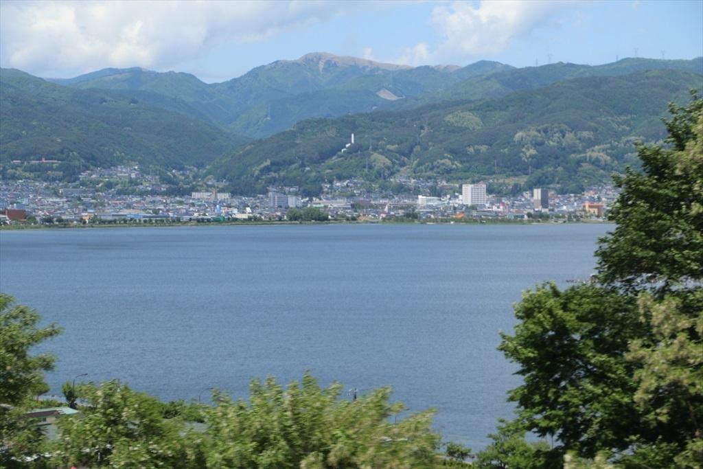 諏訪湖を眺める_2