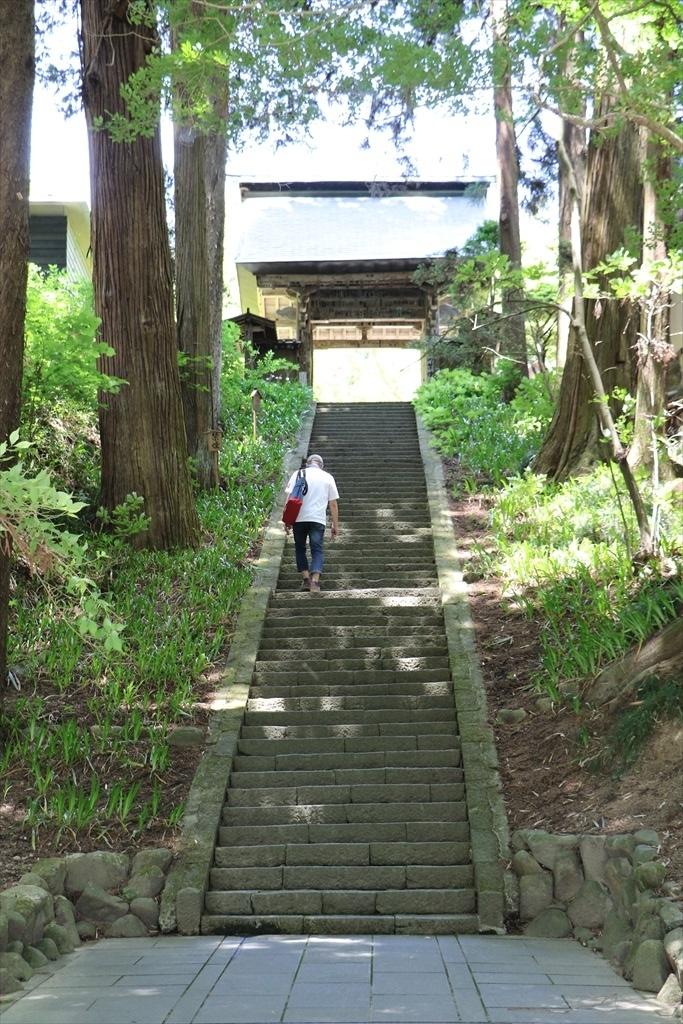 山門を潜る_1