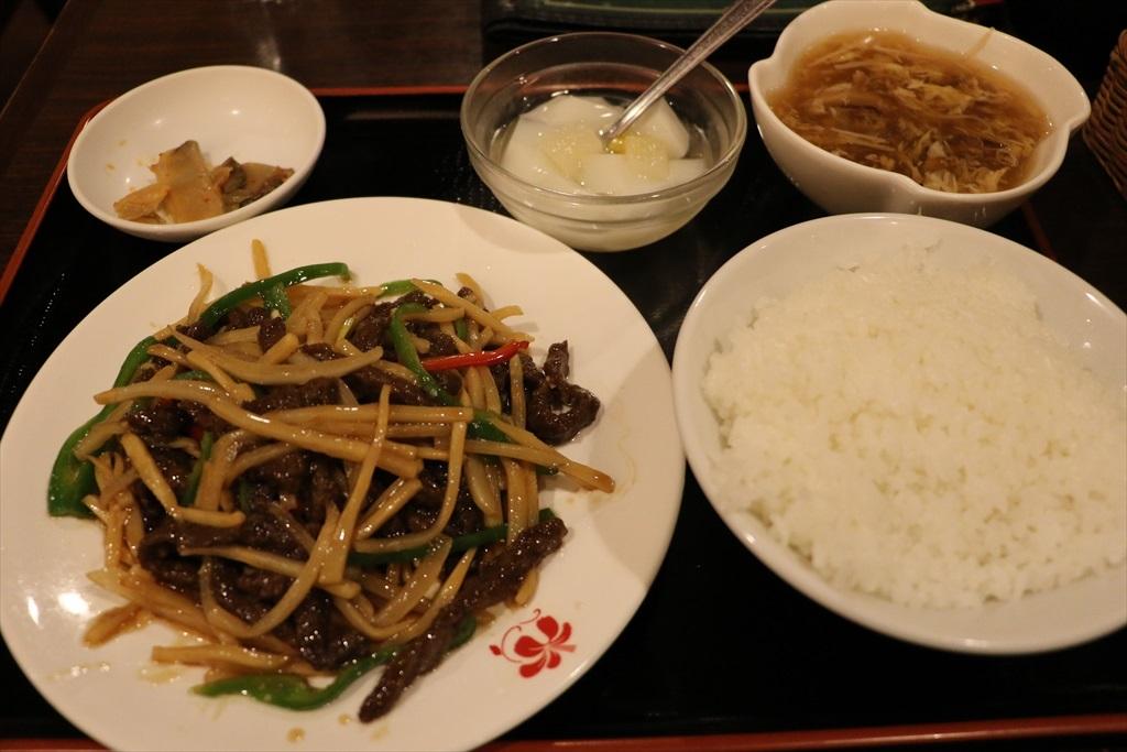 中華街で昼食_1