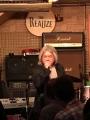 iwamoto-singing.jpg