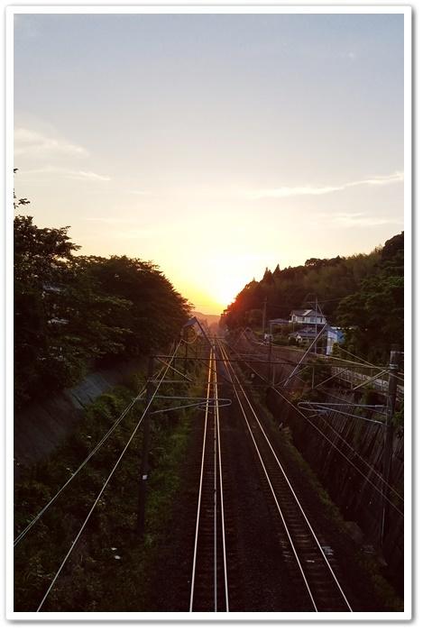 夕陽と線路