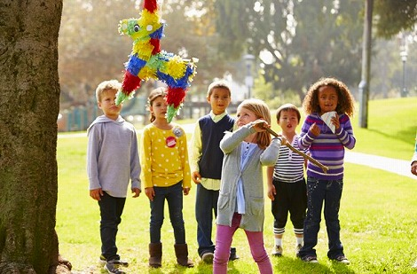 kids-party-games-pinata.jpg