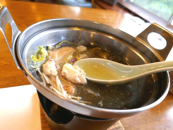 夕食 とり団子煮 1 湯谷温泉 2017 6 13 P1000155