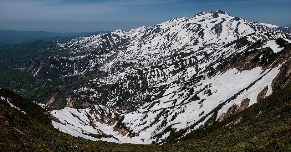 2017.05.21別山から白山展望1