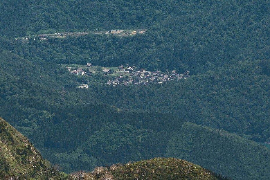 2016.06.03御前峰からの白川郷