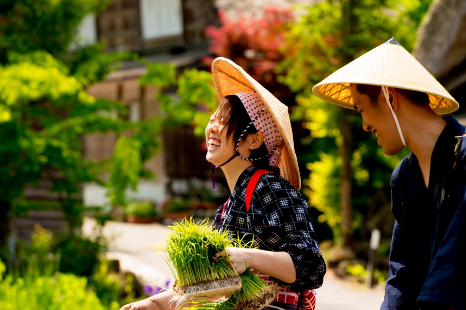 2017.05.29白川郷の田植え祭り11