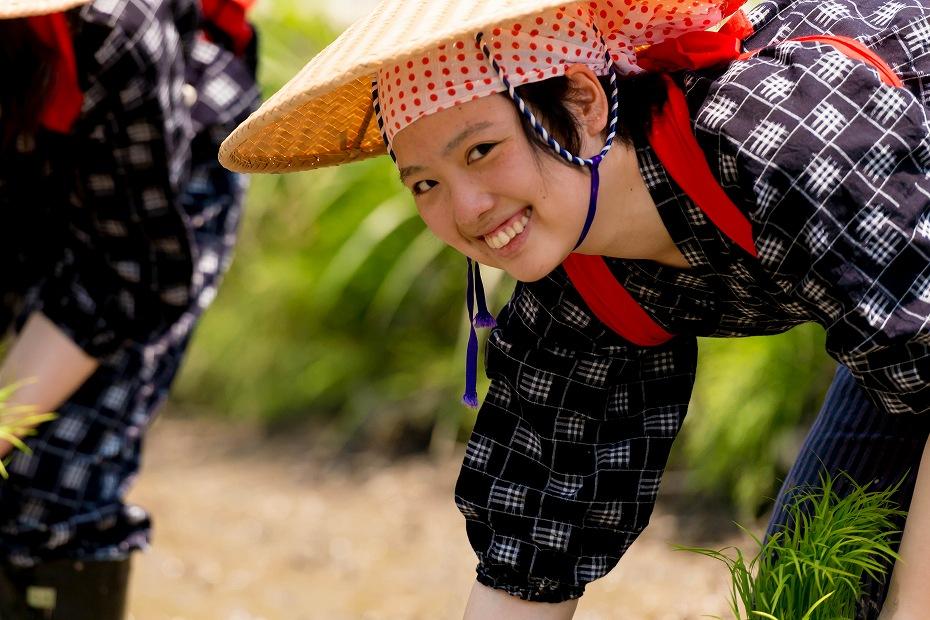 2017.05.29白川郷の田植え祭り3