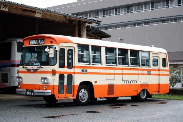 愛媛22か1065