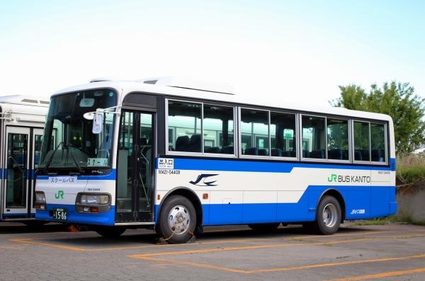 長野200か1586 M421-04408