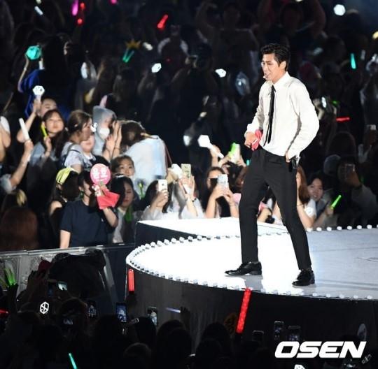 170708SMTOWNソウル2017ユノ