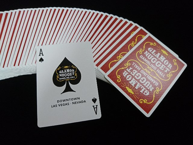 Glamor Nugget Limited Edition Playing Cards (3)