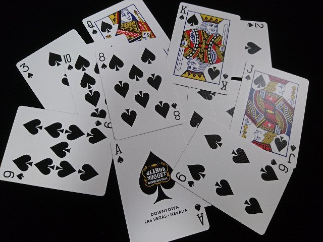 Glamor Nugget Limited Edition Playing Cards (5)