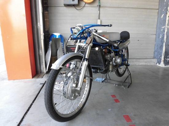 スズキ50cc工場」レーサー 1