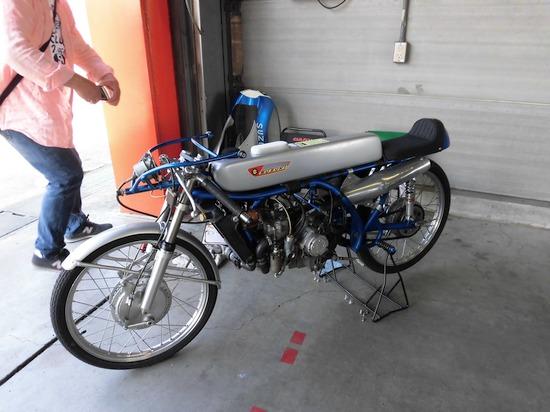 スズキ50cc工場レーサー