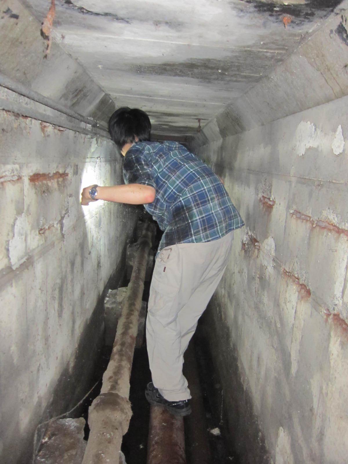 東工大本館の下にある秘密の地下通路 奥へと進む