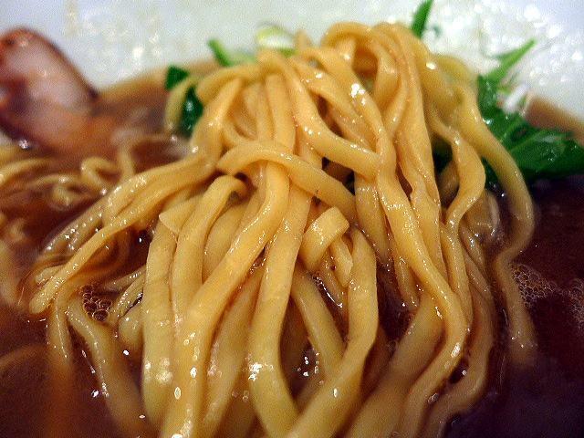 ラーメン ロケットキッチン@02トリ醤油パイタン 3