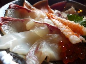 うおたけ鮮魚店やけんど 海鮮どんや@海鮮丼 2