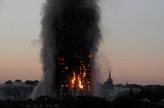 ロンドン高層マンション火災