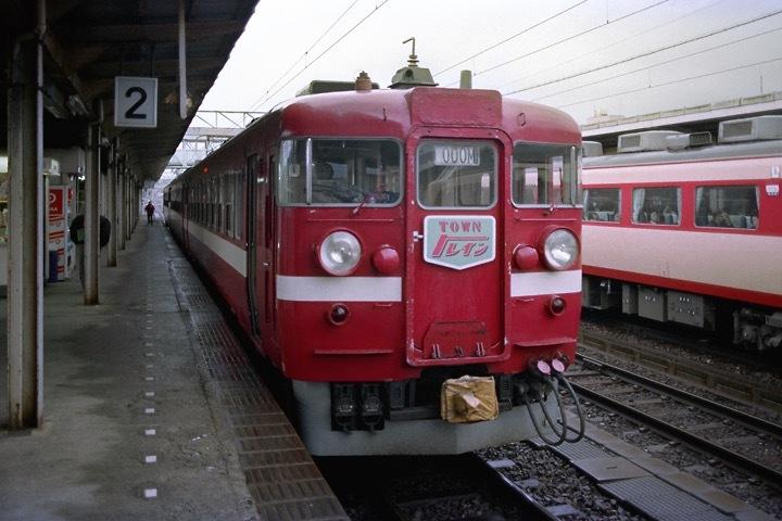 s630102_糸魚川駅457系TOWNトレイン