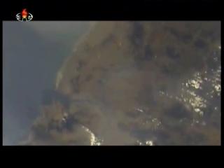 20170522 국가핵무력강화의 길에 울려퍼진 다발적, 련발적 뢰성 지상대지상중장거리전략탄도탄 《북극성-2》형시험발사에서 또mp4_000377818