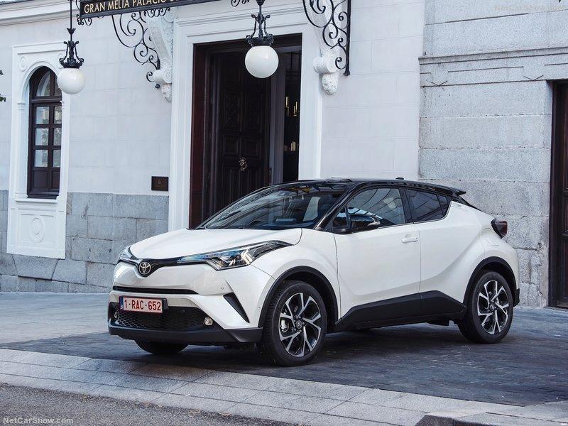 Toyota-C-HR-2017-800-0f.jpg