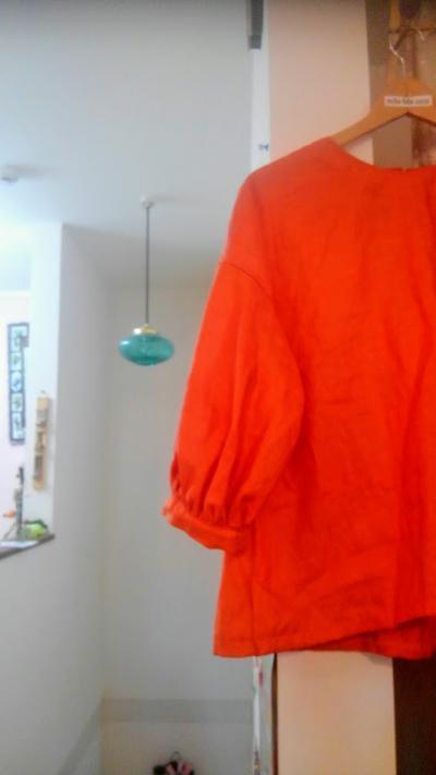 オレンジリネン バルーン袖ブラウス