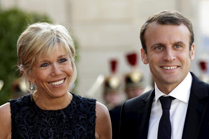 スペイン国王夫妻訪問時のエマニュエル・マクロン前経済相とブリジット夫人